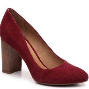 Franco Sarto Evie Red Suede Stacked Heel Pump 6.5